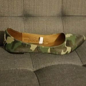 ffd105909cedc Mossimo Supply Co. Shoes | Mossimo Target Camo Print Ballet Flats ...
